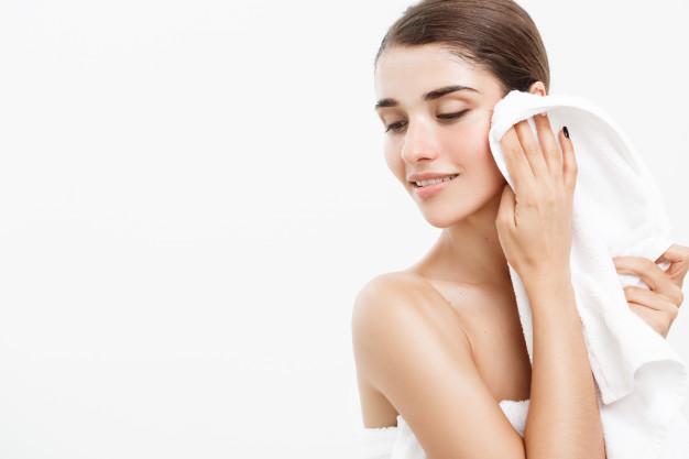 Chính xác là làm thế nào để chăm sóc da trong mùa đông: 3 gợi ý đơn giản để bao gồm đã được thường xuyên